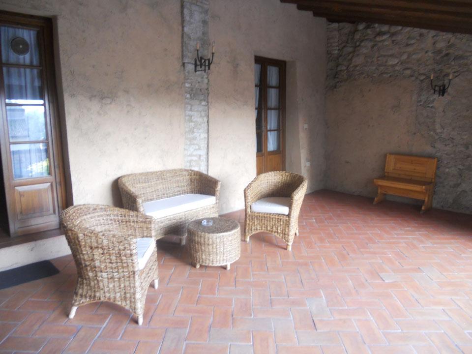 <p>cucina-soggiorno di un appartamento piccolo</p>