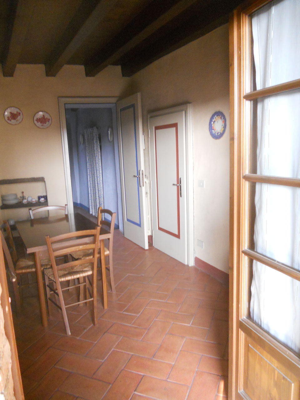 soggiorni al Castello di Bornato - scorcio di appartamento dal ...