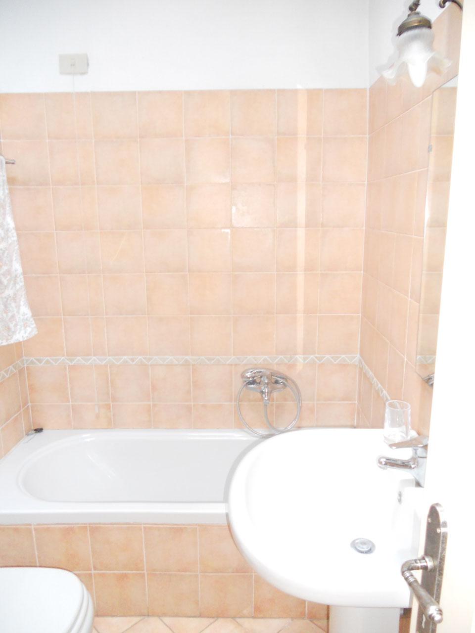 soggiorni al Castello di Bornato - uno dei bagni privati » viverchic